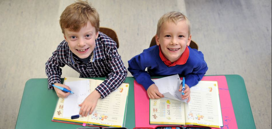"""التعليم شكل """"أطفال المنظومة الجديدة"""" فى رياض الأطفال و الأول والثانى الإبتدائى يفرح و يدعو للفخر و تحديث لنظام ترقية المعلم  Lesson10"""