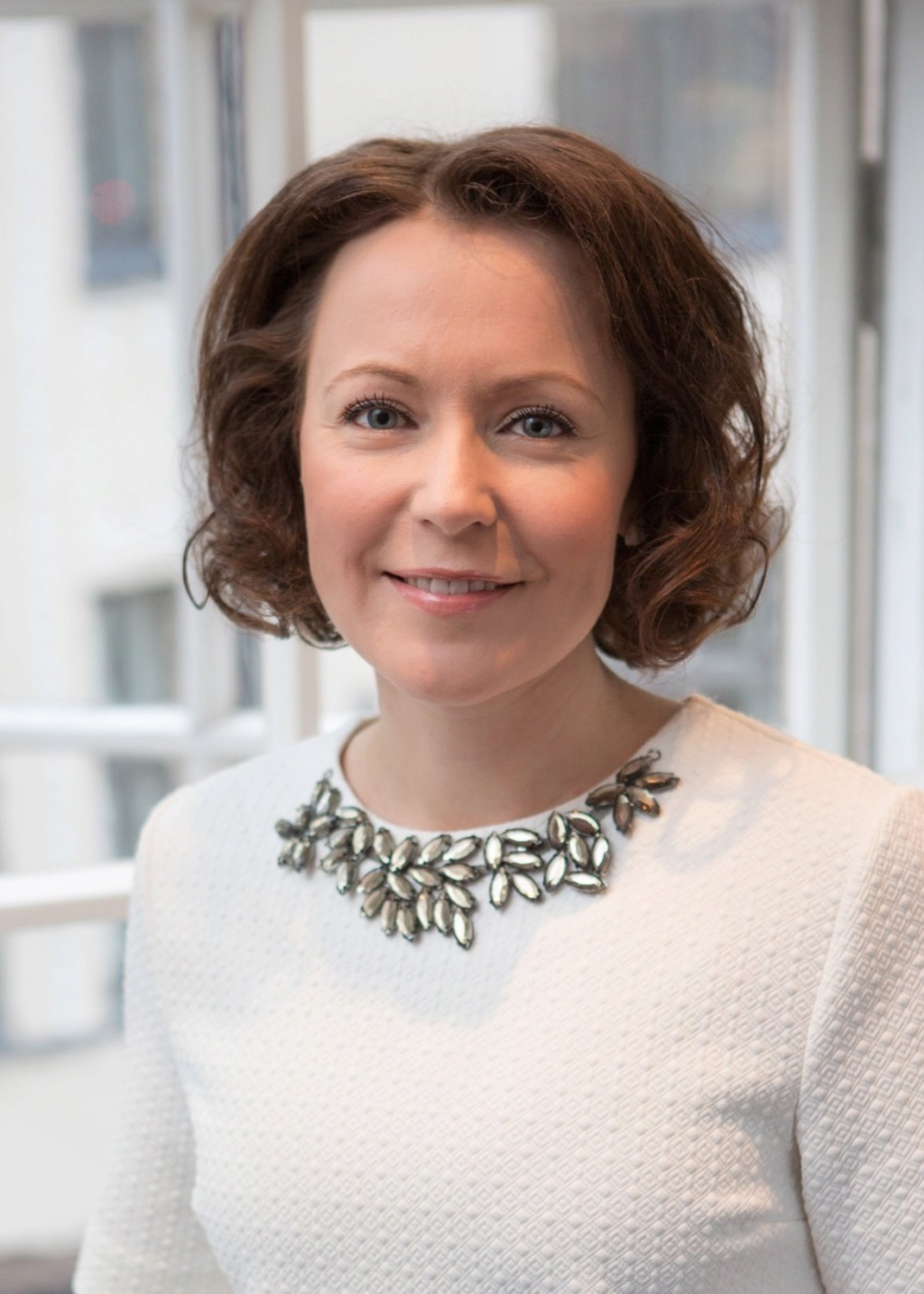 رئيسة فلندا تدعو للإهتمام بأحوال المعلم المهنية و المادية كعنصر أساسى فى نجاح تطوير التعليم Zbhcps10