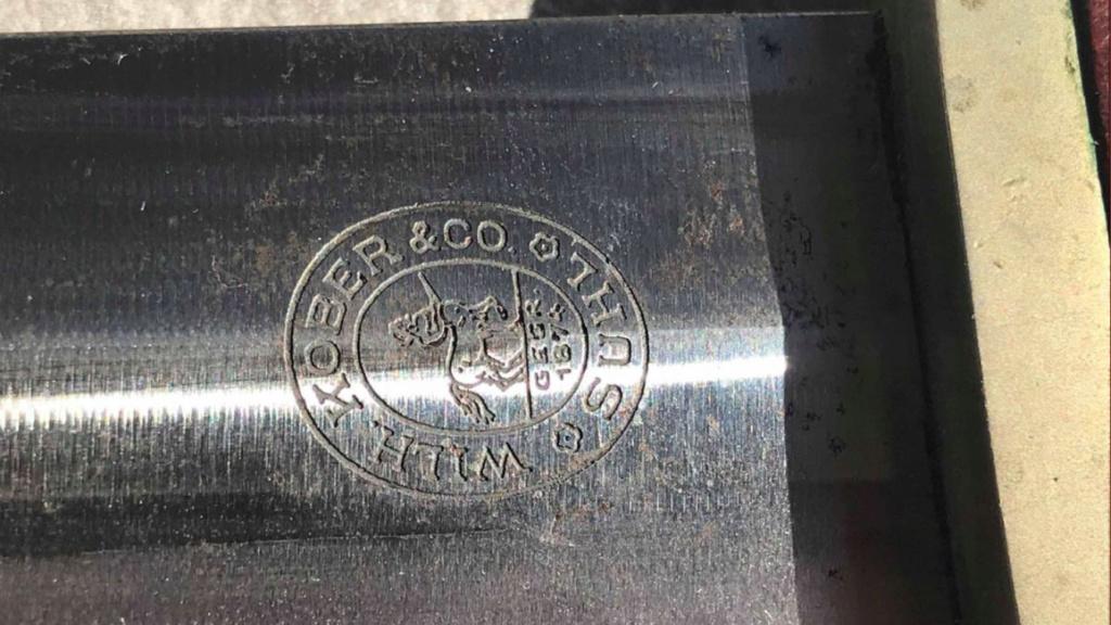 Authentification et estimation dague SA  D24a7110