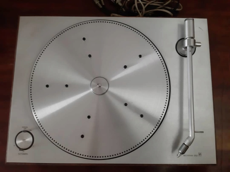 Bang & Olufsen- Beogram 1202 turntable (Used) SOLD Whats404