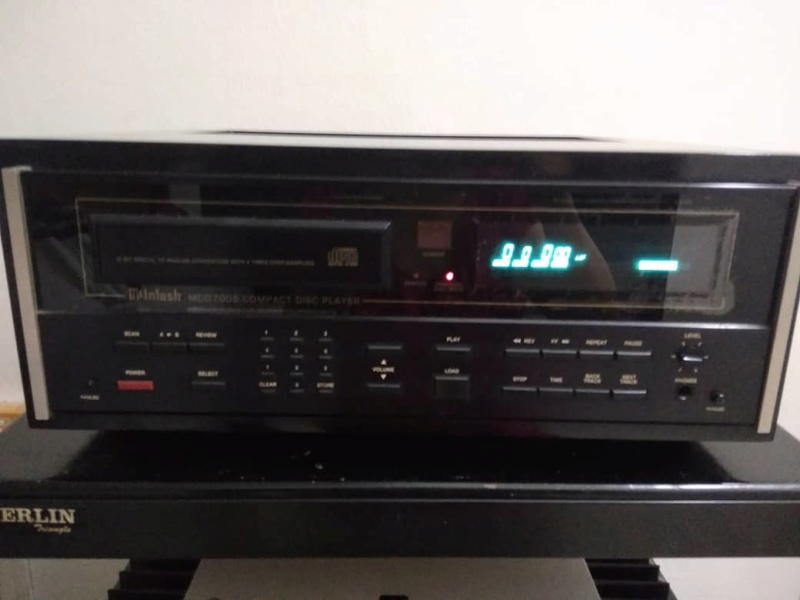 Mcintosh cd player (used) SOLD Whats409