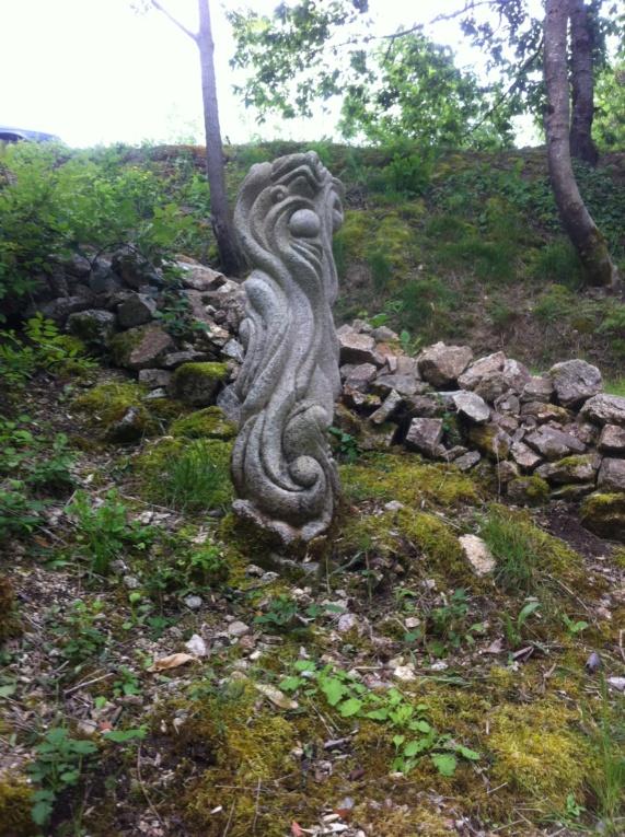 Colonne de granit  7f4d4e10
