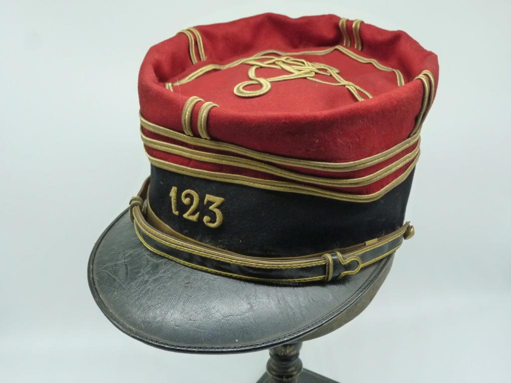Képi foulard modèle 1886 de capitaine du 123 RI. 0134