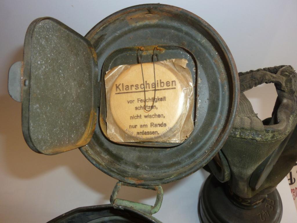 Un masque à gaz Allemand peint vert olive 0819