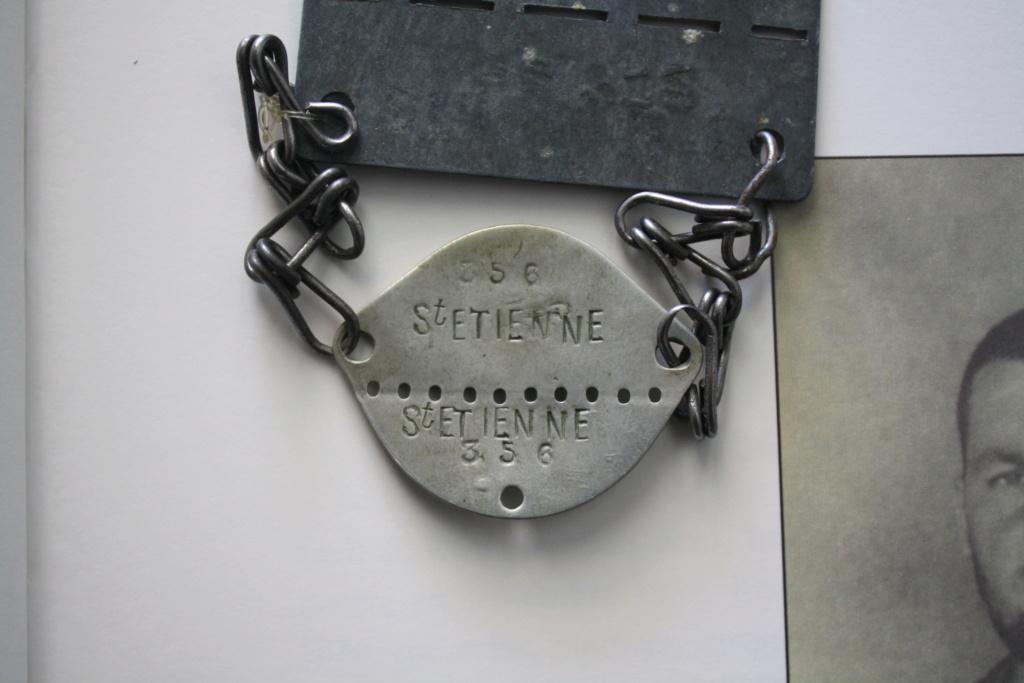Plaque de prisonnier au STALAG IIB + plaque de soldat associé Img_4622