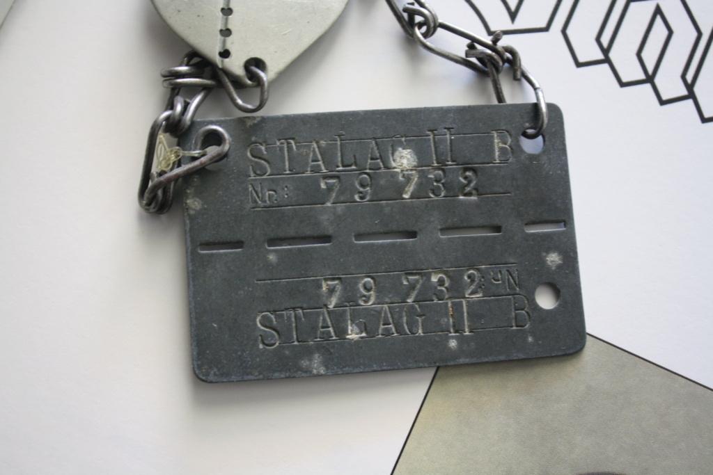 Plaque de prisonnier au STALAG IIB + plaque de soldat associé Img_4623