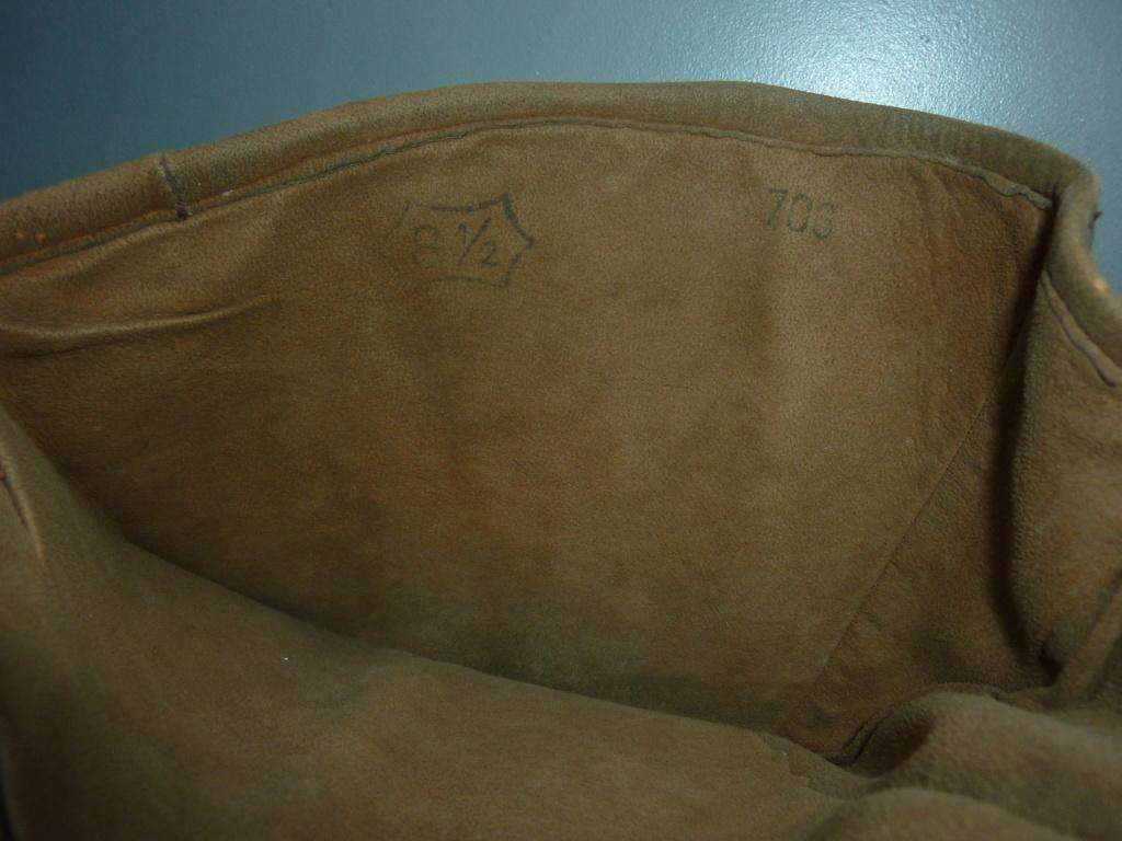 Gants de motard ? - porte-carte Anglais - martinet et coupe-papier du poilu JOB P1280119