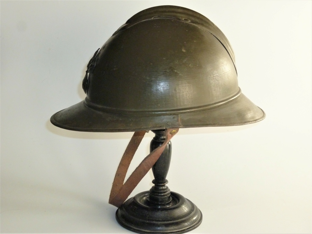 Casque Adrian modèle 15 kaki, fabrication WW2 ? P1320910
