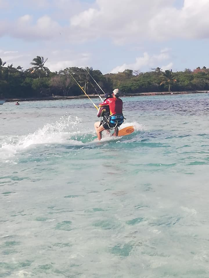 Après la Guyane, démarrage du Tandem Handi Kite en Guadeloupe H610