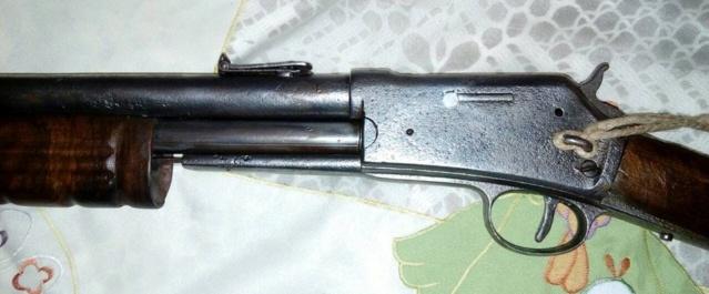 Colt Lightning cal .44 carabine western et de la police de San Francisco 36553510