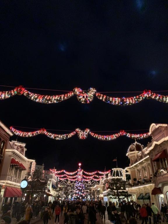 Que manque-t-il vraiment pendant Le Noël Enchanté Disney ? - Page 3 55937c10