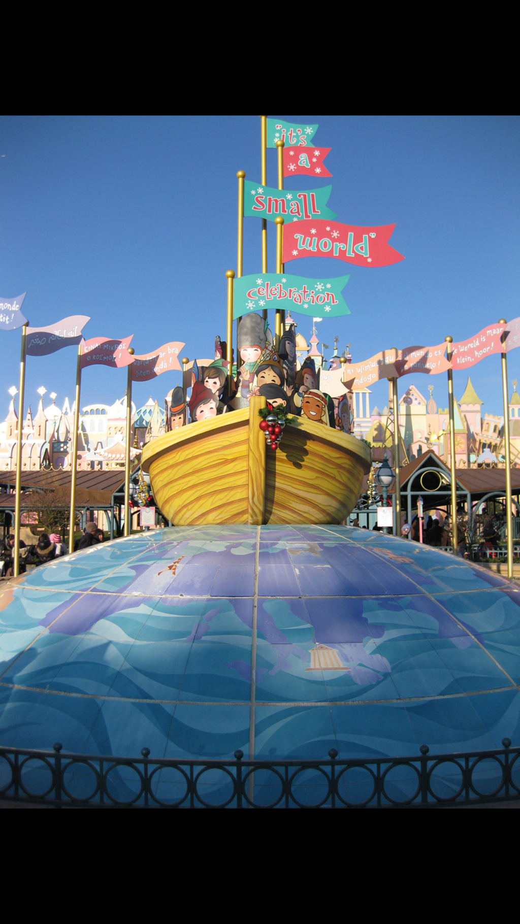"Réhabilitation de ""it's a small world"" (du 27 juillet au 18 décembre 2015 inclus) - Page 33 9555c310"