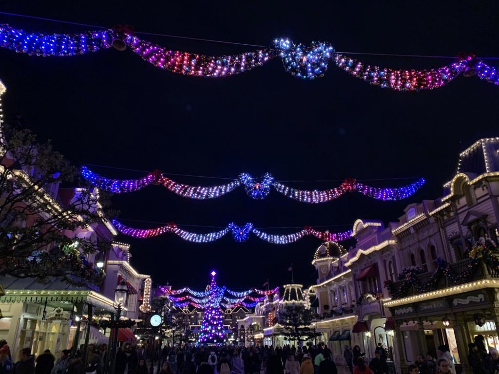 Que manque-t-il vraiment pendant Le Noël Enchanté Disney ? - Page 3 97c36010
