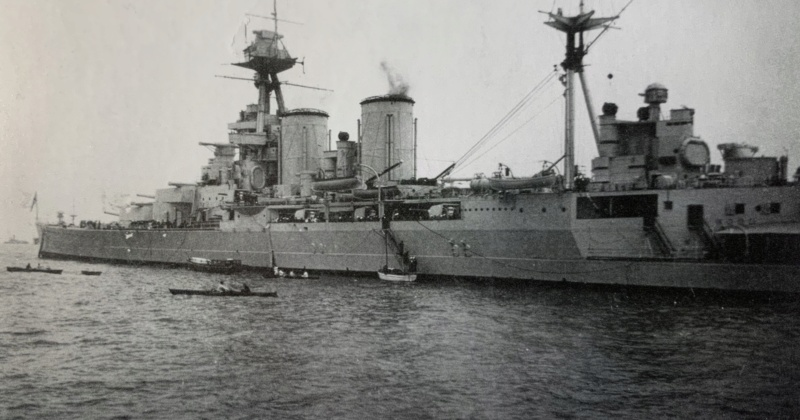 Cuirassé HMS HOOD 1941 1/400ème Réf 81081 Img_3515