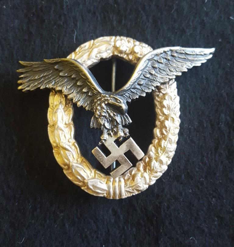 Badge pilote en écrin 20200329