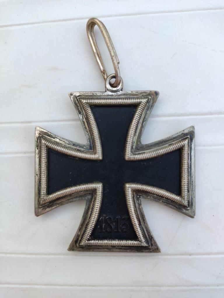 Croix de chevalier de la croix de fer et badge d'infanterie Img_2088