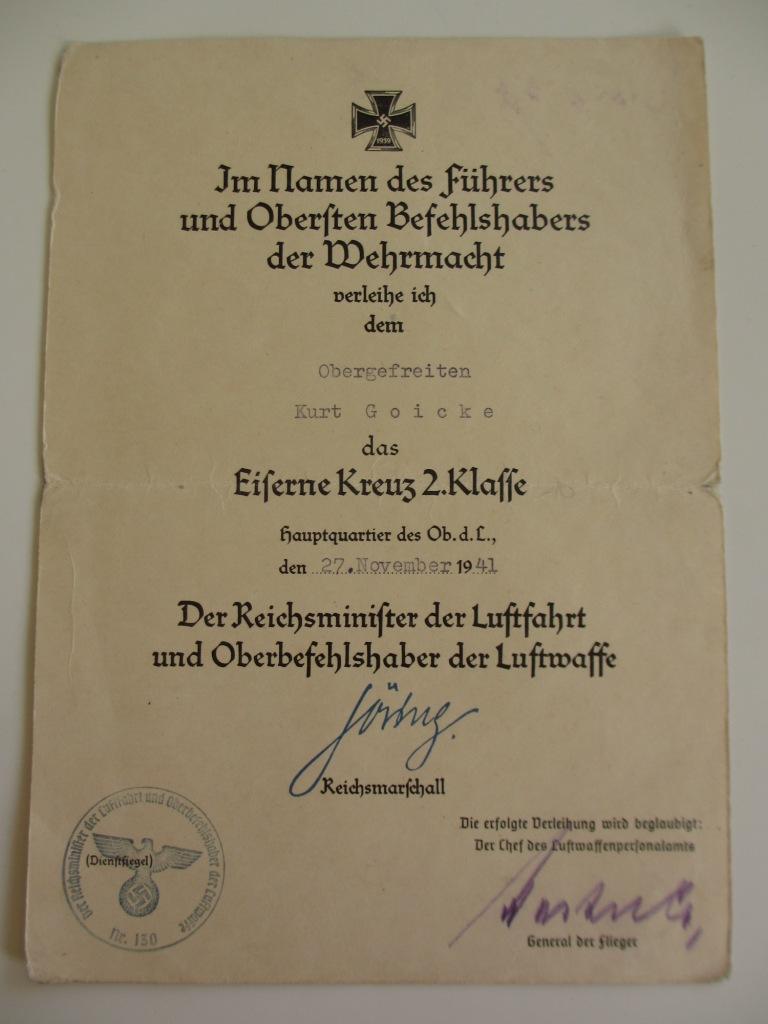 Groupe de documents d'un tireur de bord sur Me 110 Img_7013