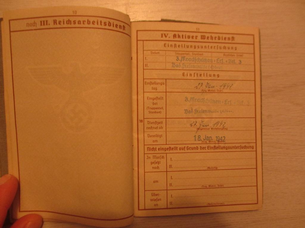 Wehrpass d'un motocycliste allemand Img_7183