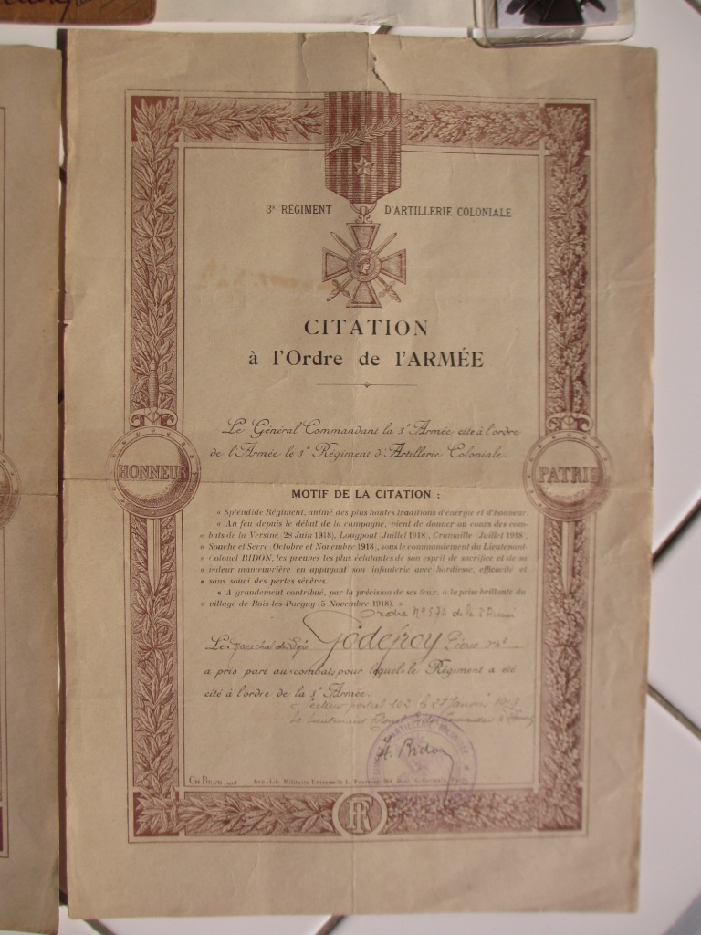 Groupe de documents d'un soldat français WW1 Img_7216