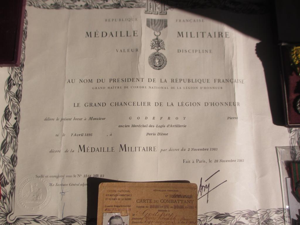 Groupe de documents d'un soldat français WW1 Img_7217