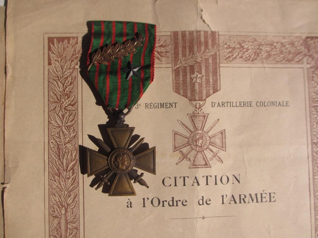 Groupe de documents d'un soldat français WW1 Img_7219