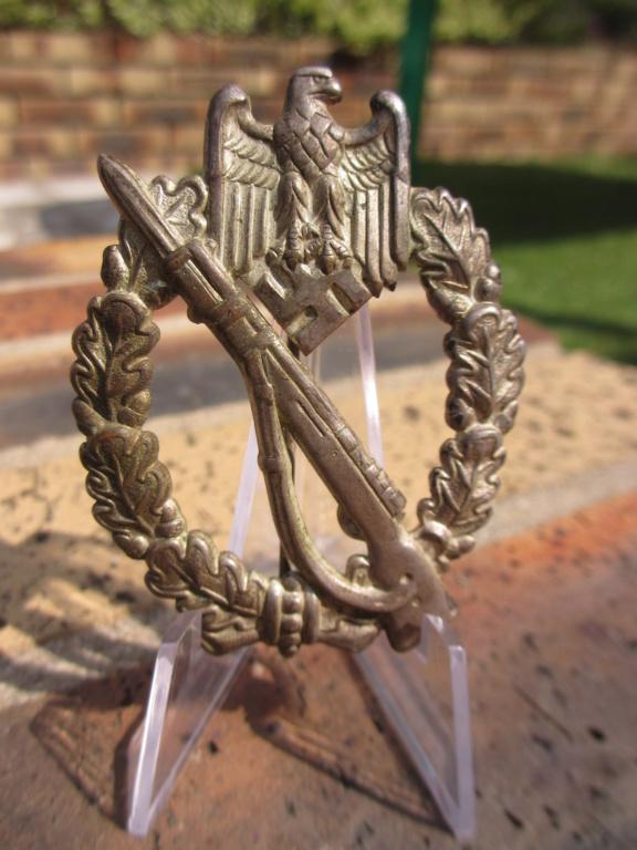 1er badge d'infanterie en tombac Img_7236