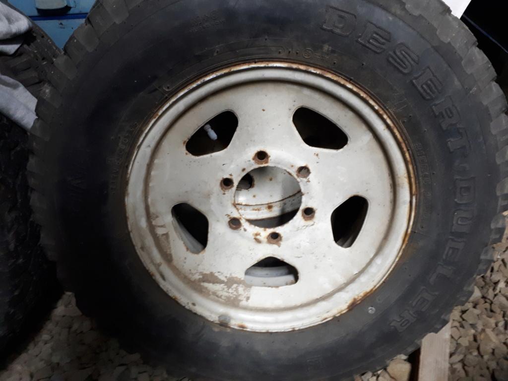 Recherche jante hj 61 origine ou pneus en 15 pouces 20181210