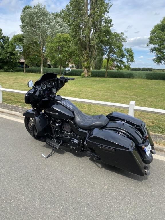combien de STREET GLIDE  sur le forum Passion-Harley - Page 15 A8dc0210