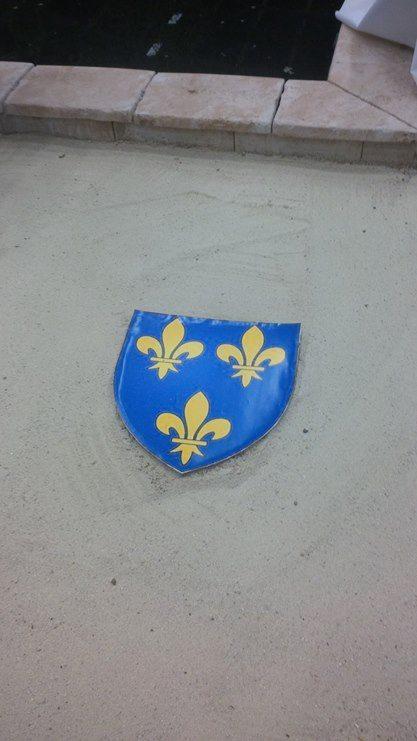 SIGNE DU CIEL : Le Marquis de la Franquerie découvre le Coeur de Jeanne d'Arc ! - Page 2 Floral12