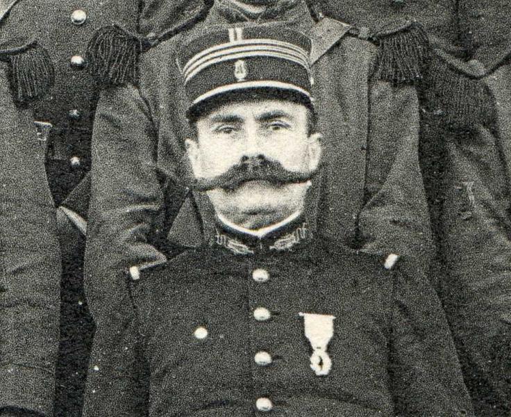 Lieutenant de musique militaire , armée française? Img13210