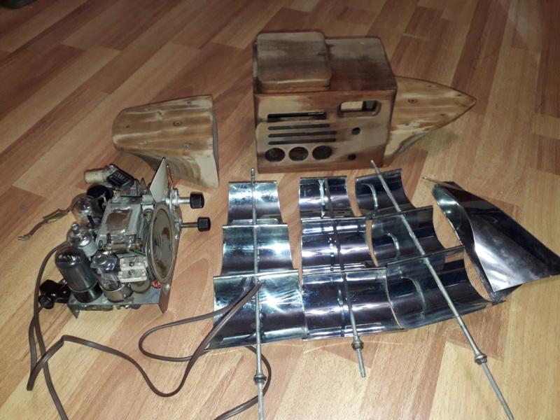 Ламповый радиоприёмник Majestic Melody Cruiser 1S49, 1940 год, США. 20210510