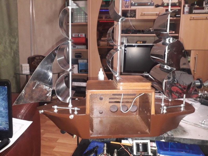 Ламповый радиоприёмник Majestic Melody Cruiser 1S49, 1940 год, США. 20210514