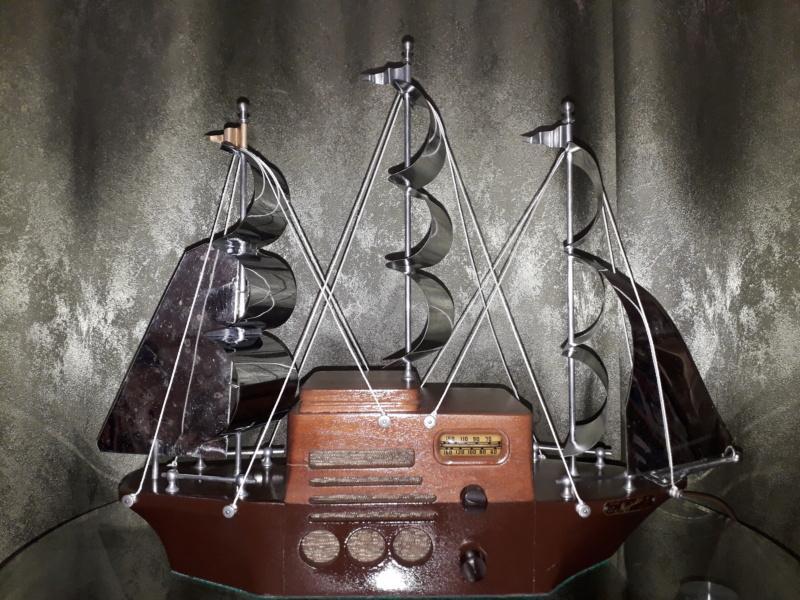 Ламповый радиоприёмник Majestic Melody Cruiser 1S49, 1940 год, США. 20210614