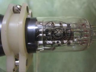 Фотографии разных радиоламп 61_310