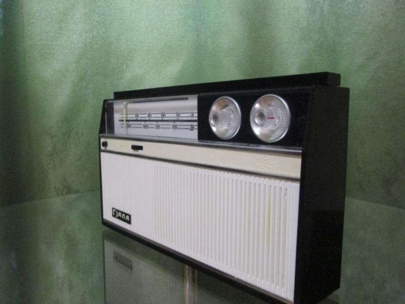 Бытовые радиоприёмники СССР - Страница 5 Img_3421