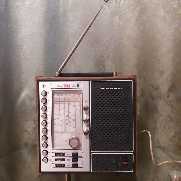 Бытовые радиоприёмники СССР - Страница 7 N_1107