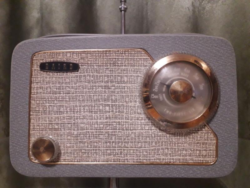 Зарубежные бытовые радиоприёмники - Страница 2 N_1150