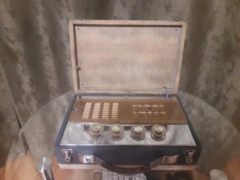 Зарубежные бытовые радиоприёмники - Страница 2 N_1155
