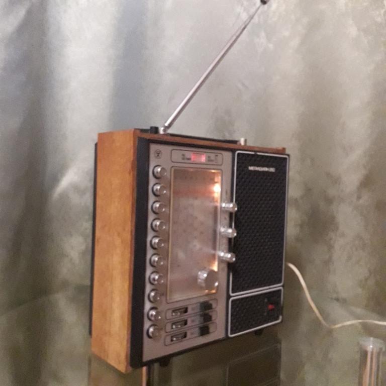 Бытовые радиоприёмники СССР - Страница 7 N_2106