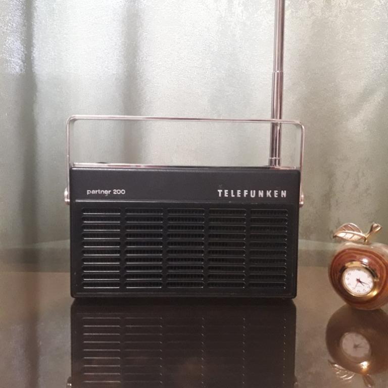 Зарубежные бытовые радиоприёмники N_2127