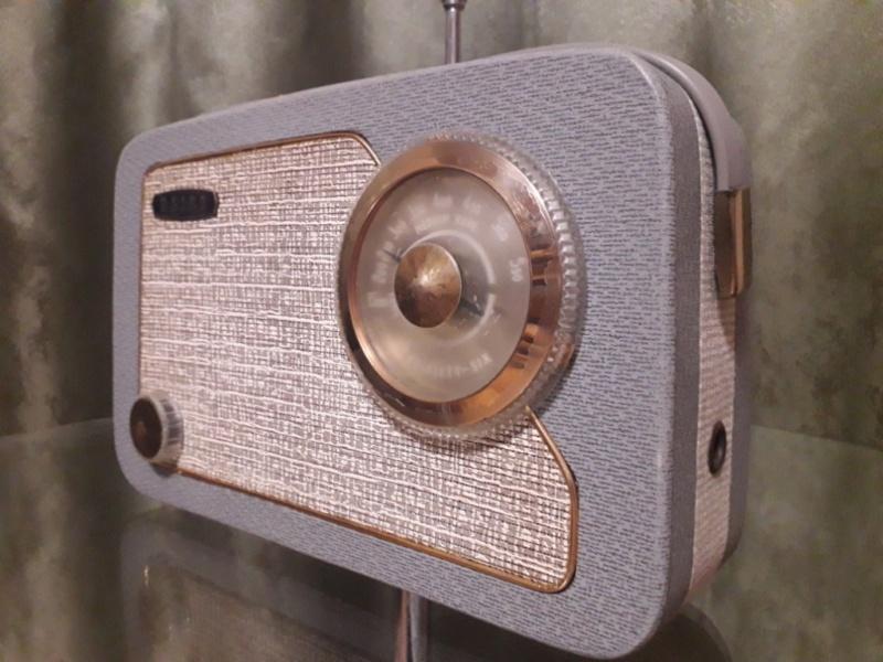 Зарубежные бытовые радиоприёмники - Страница 2 N_2144
