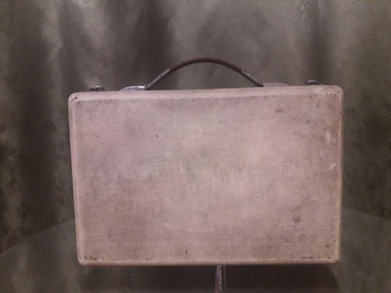 Зарубежные бытовые радиоприёмники - Страница 2 N_2149