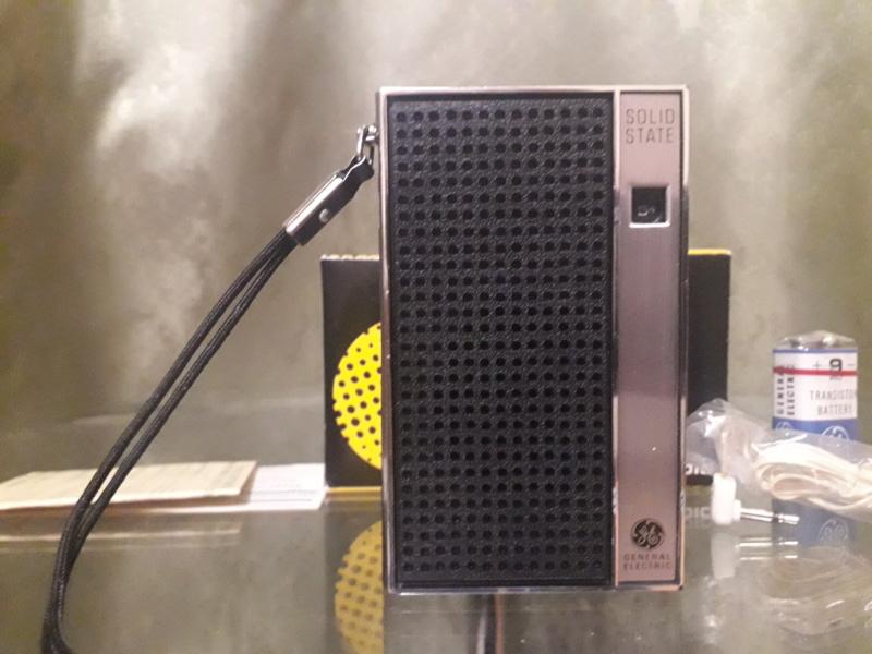 Зарубежные бытовые радиоприёмники - Страница 2 N_2154