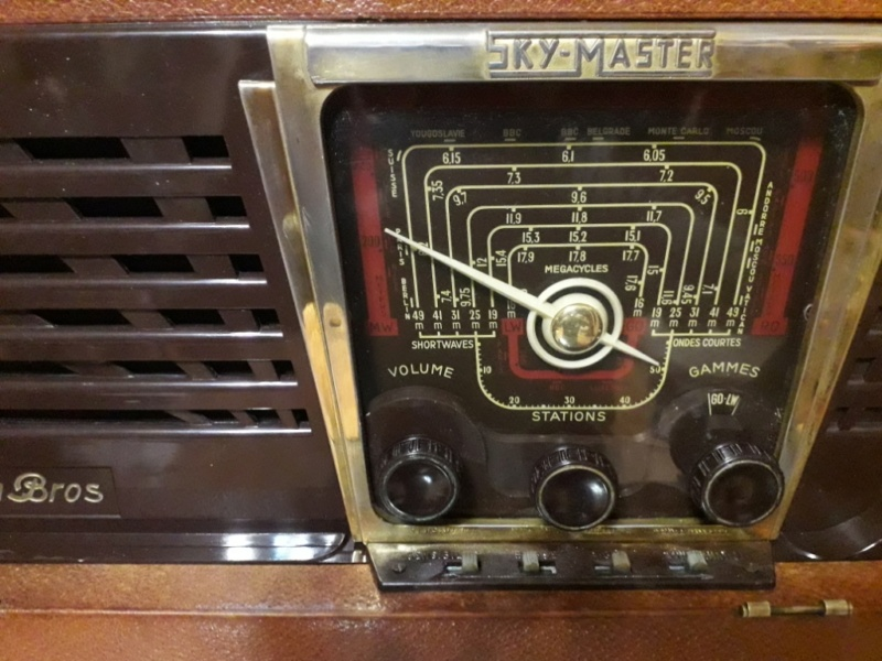 Зарубежные бытовые радиоприёмники - Страница 2 N_2166