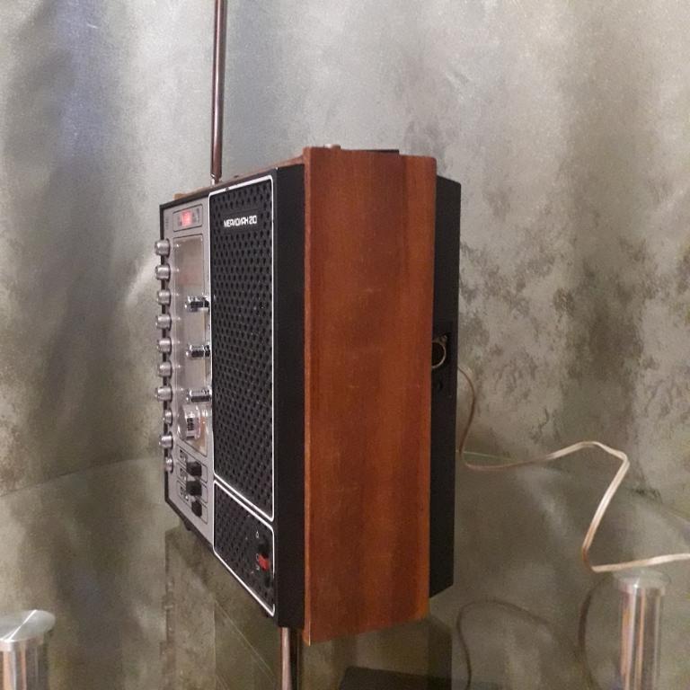 Бытовые радиоприёмники СССР - Страница 7 N_3106