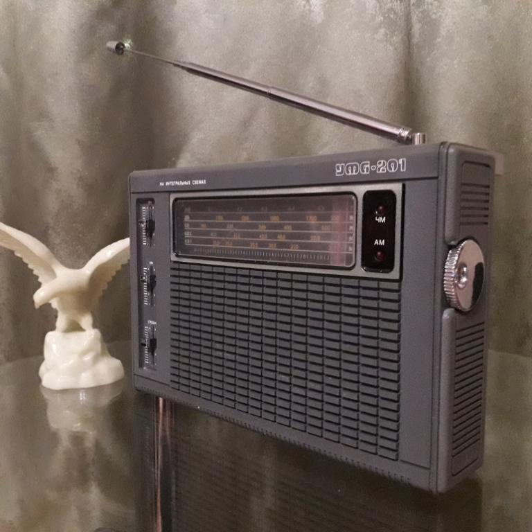 Бытовые радиоприёмники СССР - Страница 7 N_3117