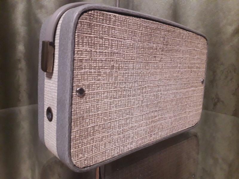 Зарубежные бытовые радиоприёмники - Страница 2 N_3144