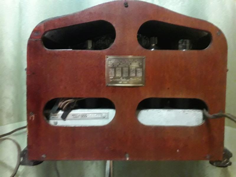 Зарубежные бытовые радиоприёмники - Страница 2 N_4138
