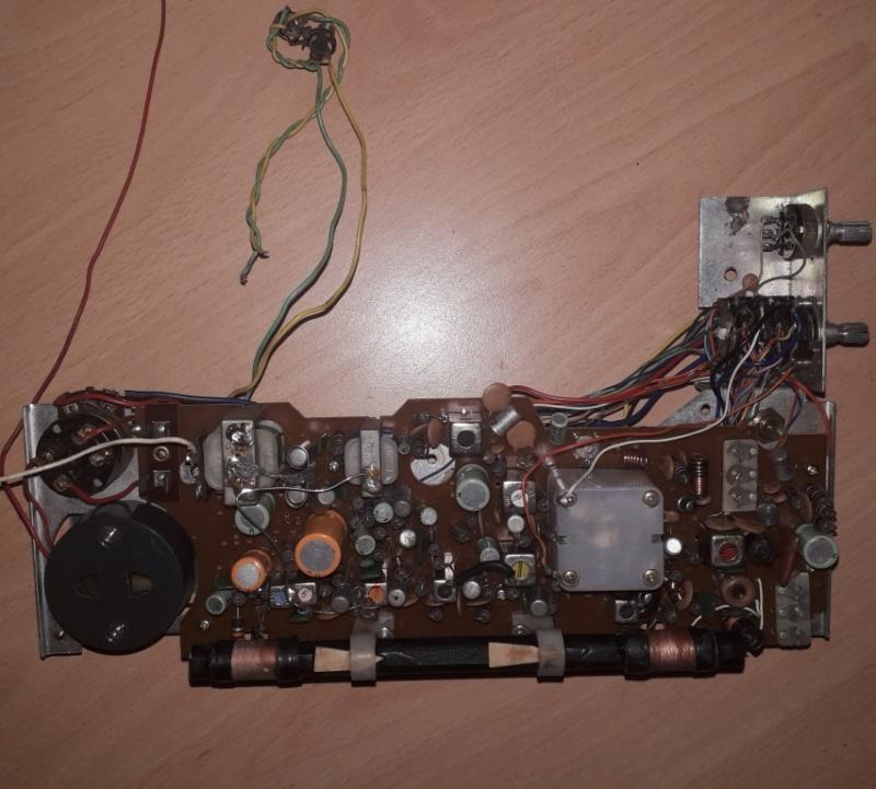 Зарубежные бытовые радиоприёмники Naaa_105