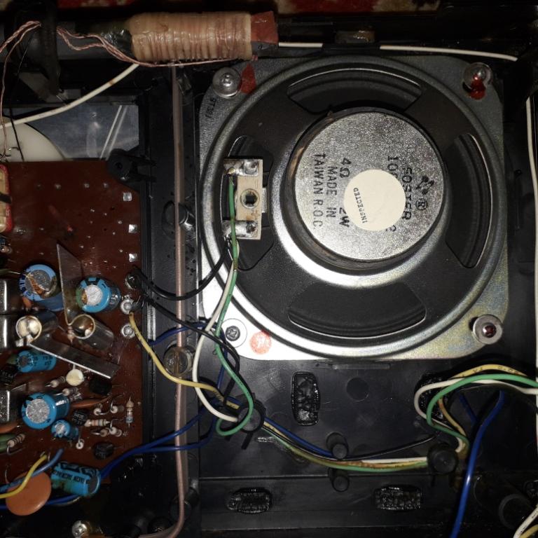 Зарубежные бытовые радиоприёмники Naaa_297